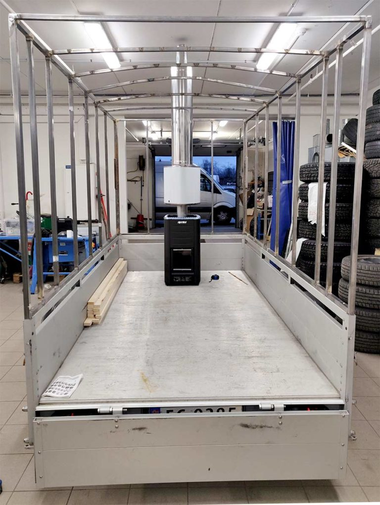 Steel frame for a trailer sauna